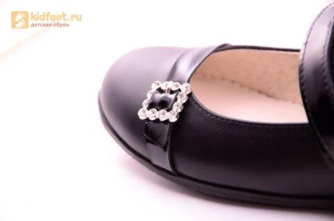 Туфли для девочек из натуральной кожи на липучке Лель (LEL), цвет черный. Изображение 18 из 20.