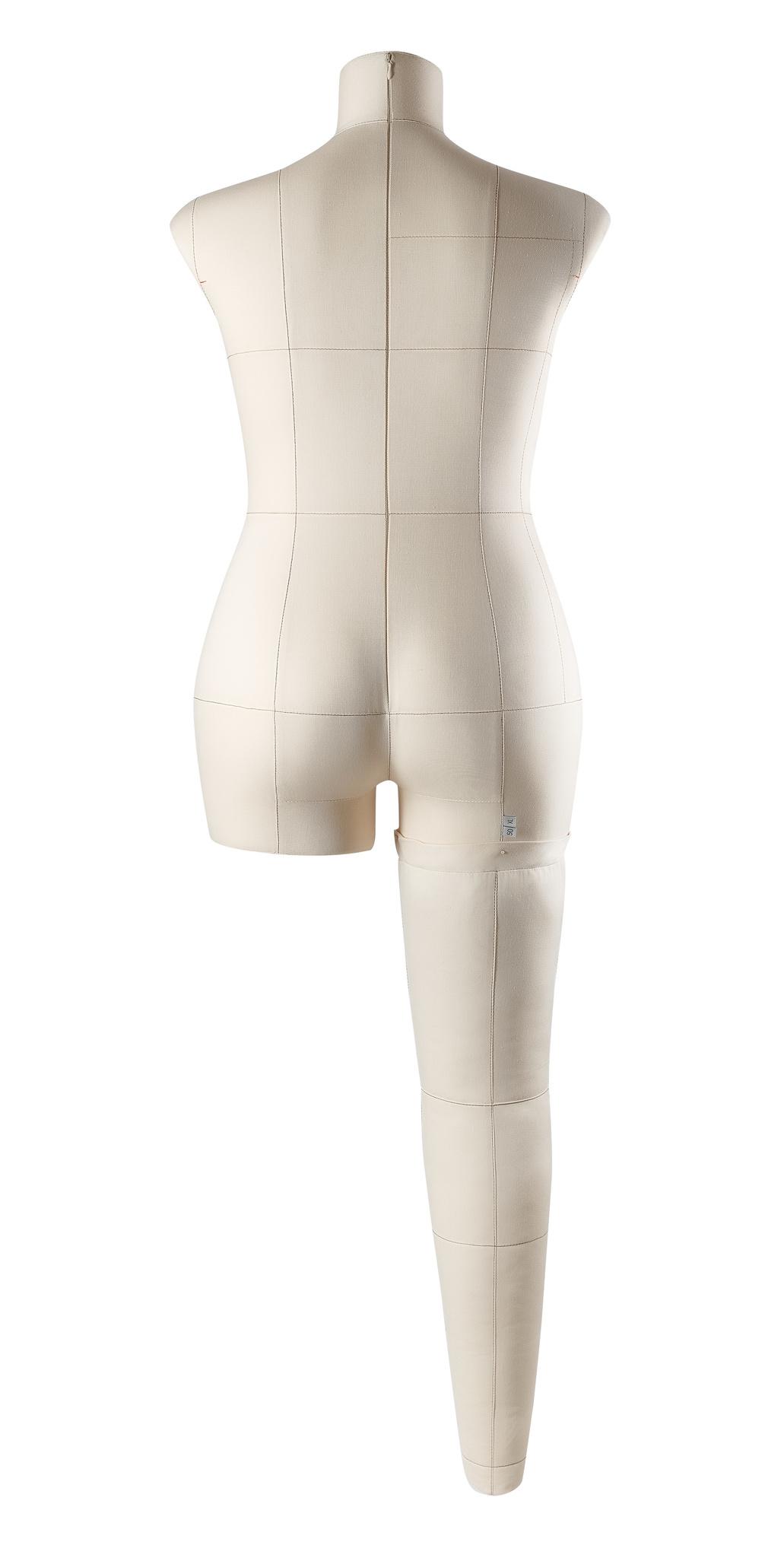 Нога бежевая для манекена Моника, размер 50Фото 1