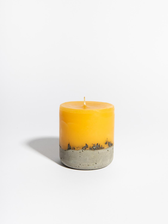 Свеча с цитрусовым ароматом (средняя)
