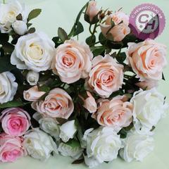 Розы искусственные кустовые с бутончиками, букет 7 голов + 6 бутонов, 35 см.