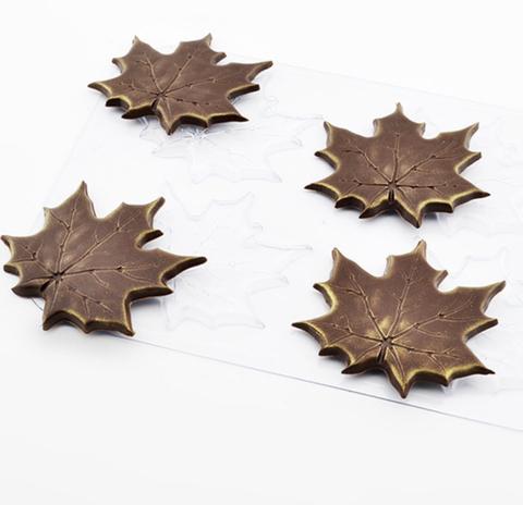 Пластиковая форма для шоколада ср. КЛЕНОВЫЕ ЛИСТЬЯ  (65х65мм)