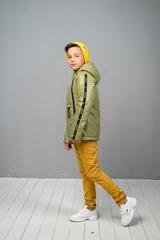 Куртка-анорак для мальчика оливковый