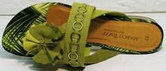 Женские босоножки шлепанцы с цветами Marco Tozzi 2-27104-20 Green.
