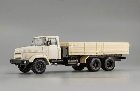 KRAZ-250 late modification 1985-1995 beige 1:43 Nash Avtoprom
