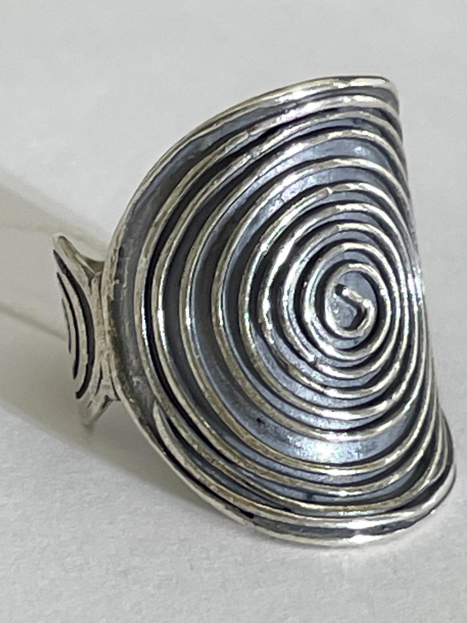 Спираль (кольцо из серебра)
