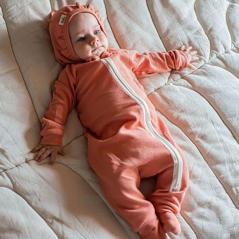 Ribbed pyjamas sleepsuit 0+, Coral