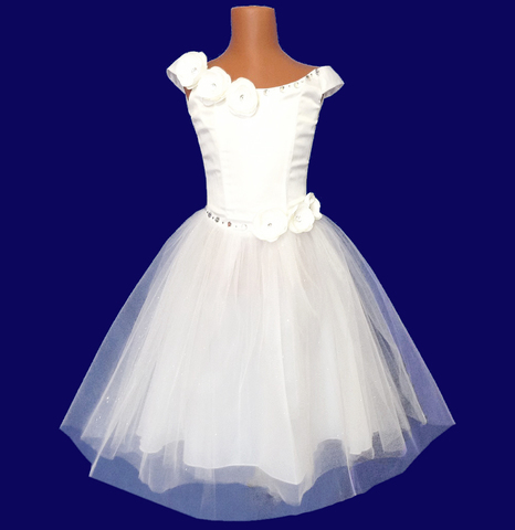 Бальное платье  с цветами камелия белая