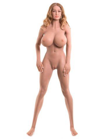 Невероятно реалистичная кукла Bianca