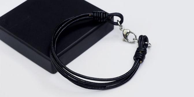 Мужской браслет из кожаного шнура с замочком AlanDinu mn0071