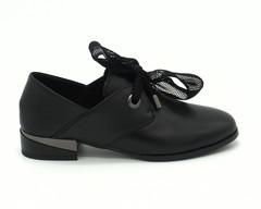 Черные кожаные полуботинки с декорированным каблуком