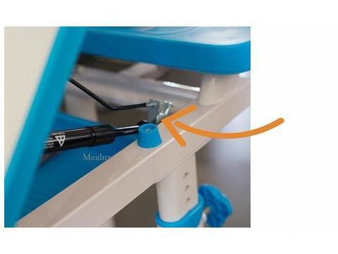 Комплект мебели (столик + стульчик) BD-09