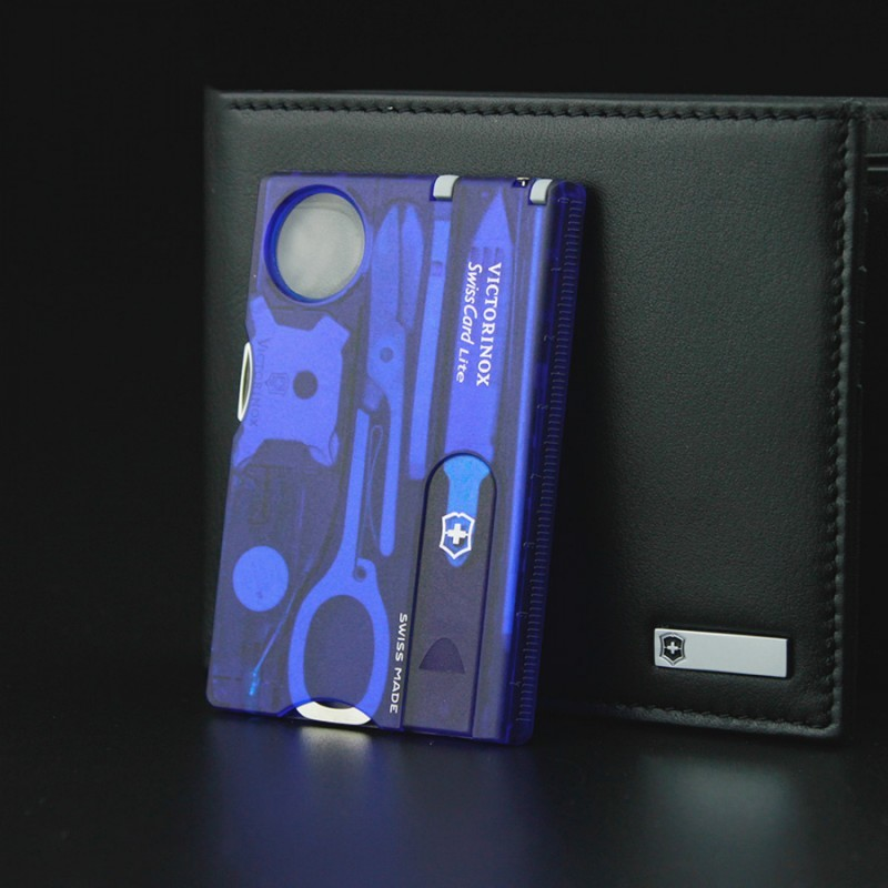 Швейцарская карта Victorinox SwissCard Lite Blue (0.7322.T2) синяя полупрозрачная - Wenger-Victorinox.Ru