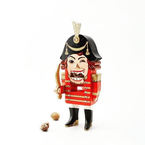 Эксклюзивный щелкунчик орехокол  Кадет