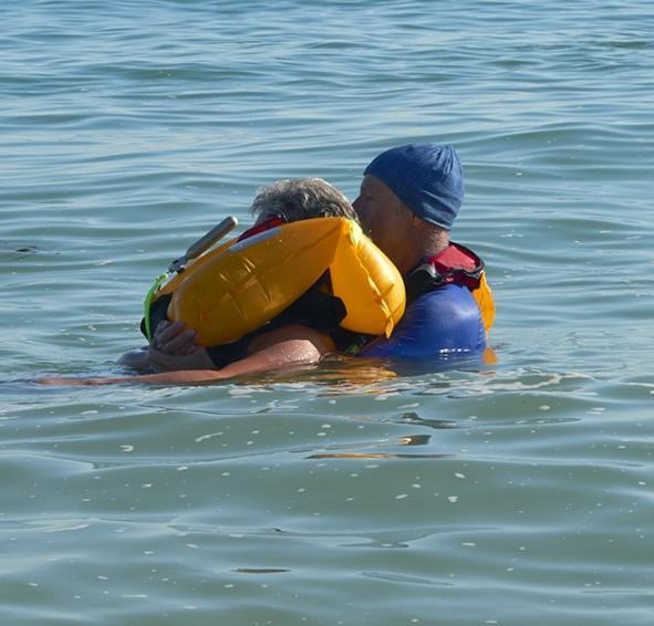 Seashore inflatable lifejacket