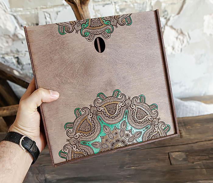 BOX234-3 Подарочная коробка «Мандала» с ручной росписью (25*25*12 см) фото 08