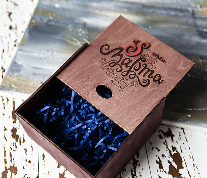 BOX219-3 Фиолетовая коробка для подарков «8 МАРТА» (17*17*10 см) фото 04