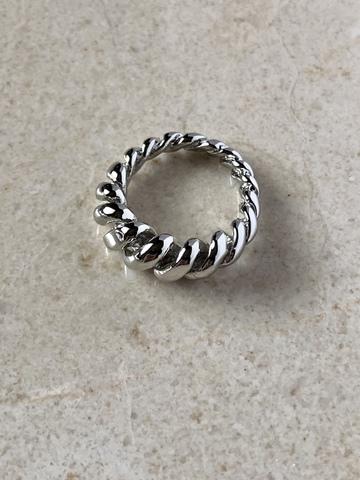 Кольцо Варни, серебряный цвет