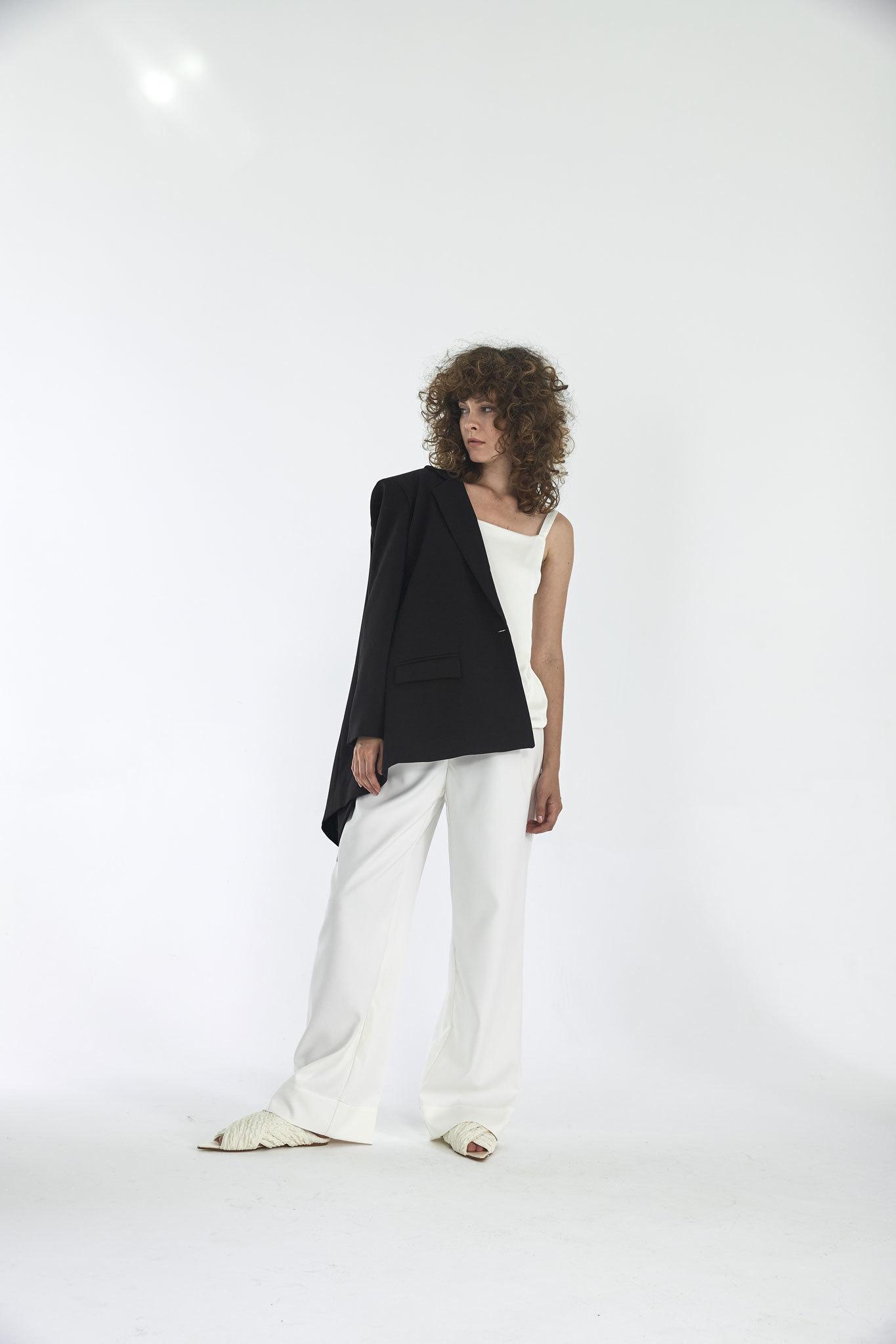 Широкие брюки с двумя складками (костюмный твил), молоко