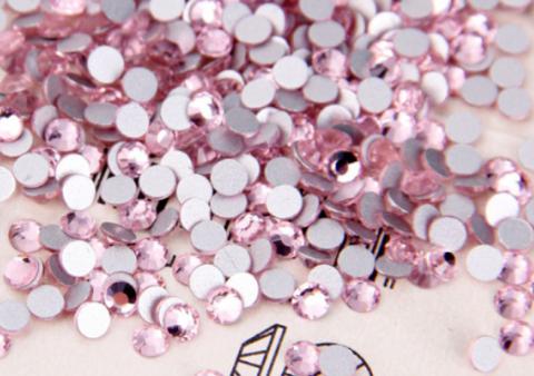 Стразы SS6 светло-розовый 100 шт