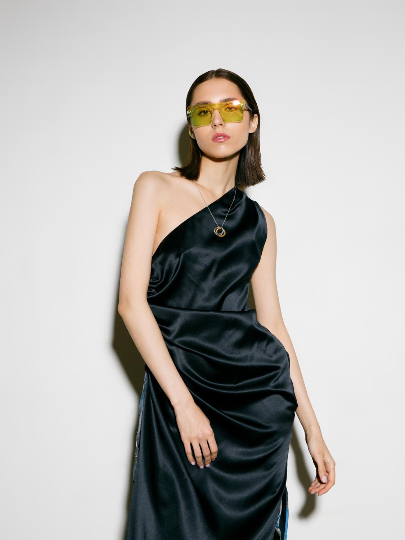 Платье асимметричное