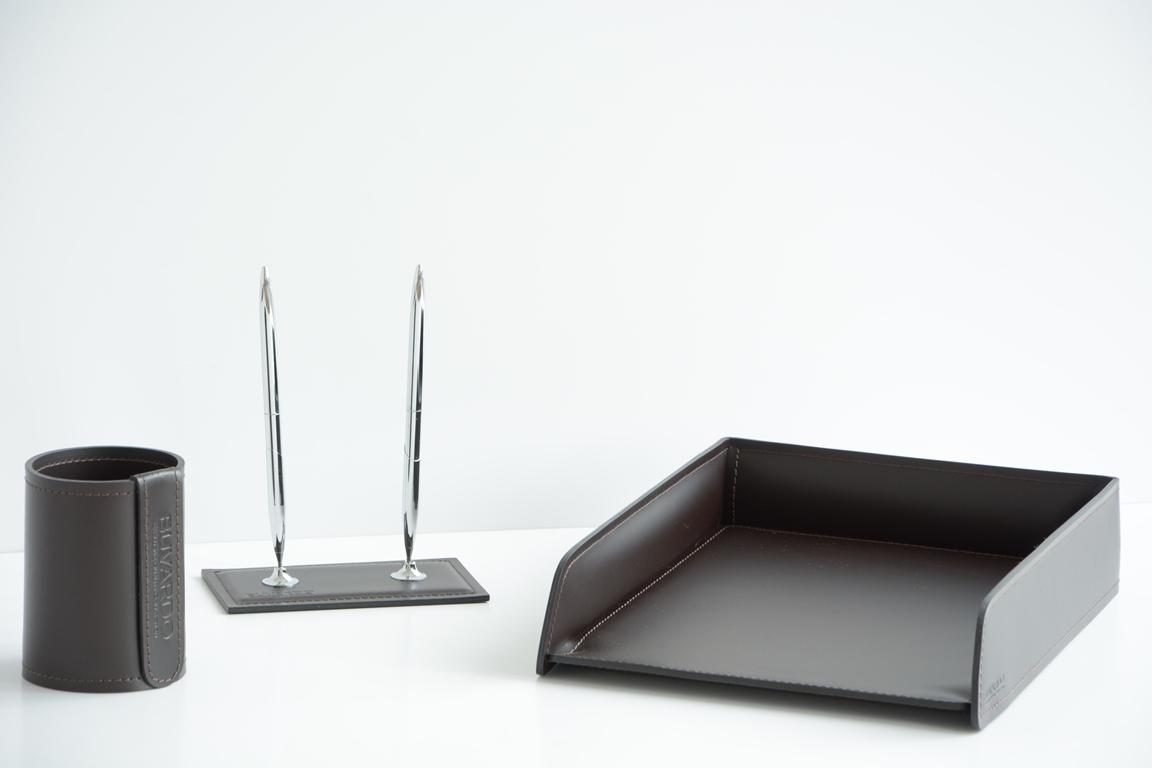 Набор на стол руководителя 3 предмета из итальянской кожи арт.9002.