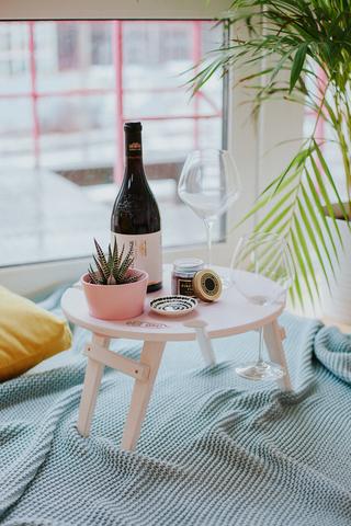Складной столик для вина, нежно-розовый