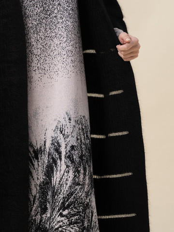 Женский кардиган черного цвета из ангоры - фото 5