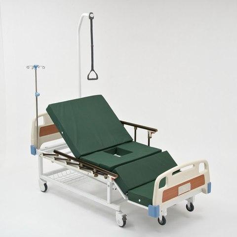Кровать-кресло функциональная механическая, с туалетом,модель 104 - фото