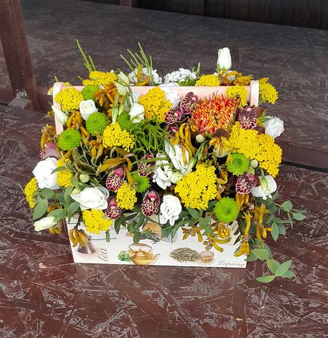 Ящик с цветами Четвертый
