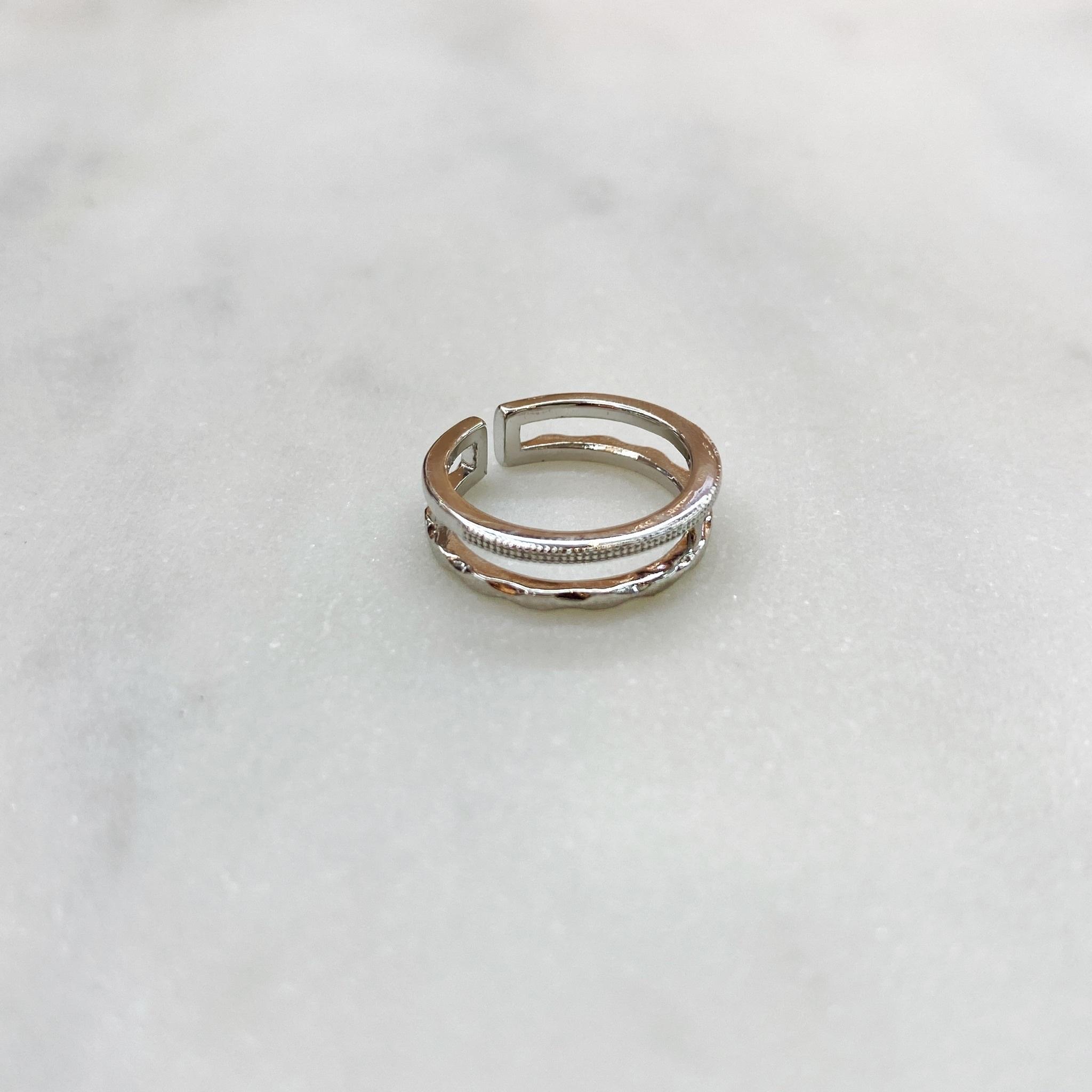 Кольцо на фалангу двурядное фактурное (серебристый)