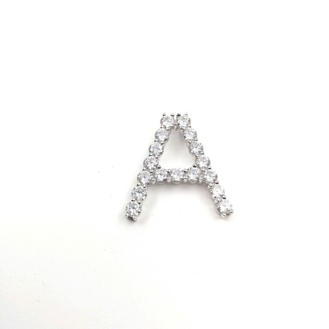 Подвеска буква A из серебра с цирконами бриллиантовой огранки