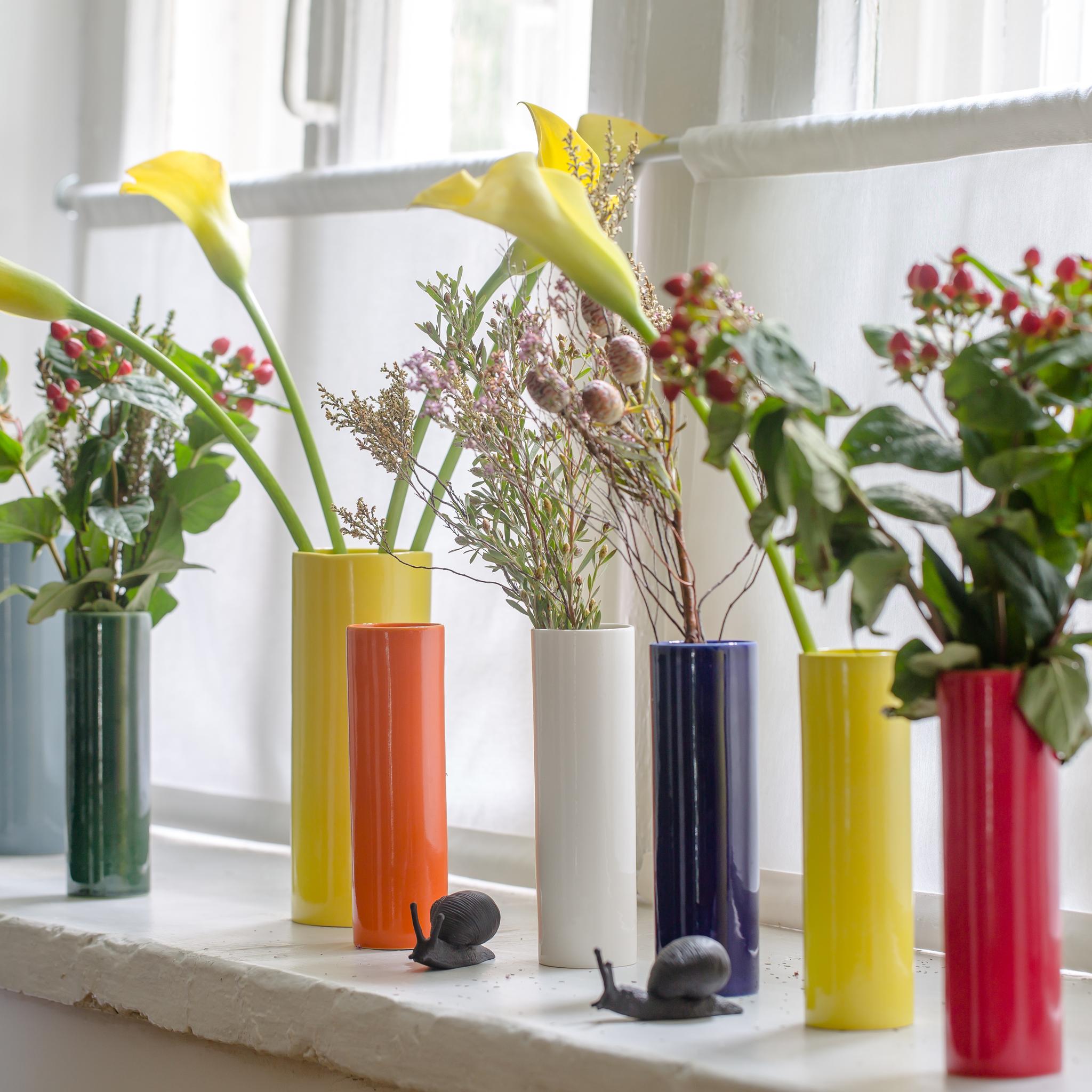Мини-вазы для одного цветка