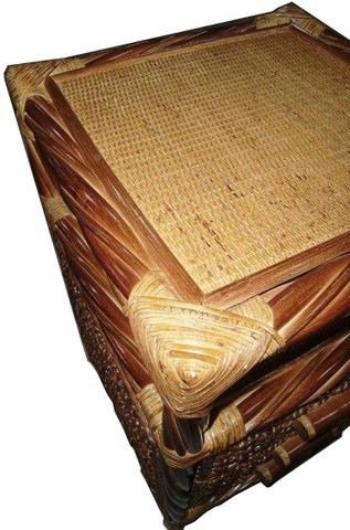 11T Столик под телефон