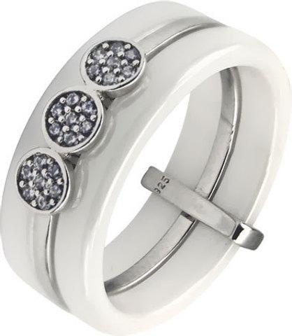 94011606 - Кольцо из белой керамики со вставкой из серебра с фианитами