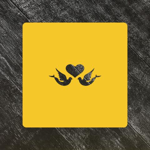 Трафарет любовь №13 Сердце с голубями