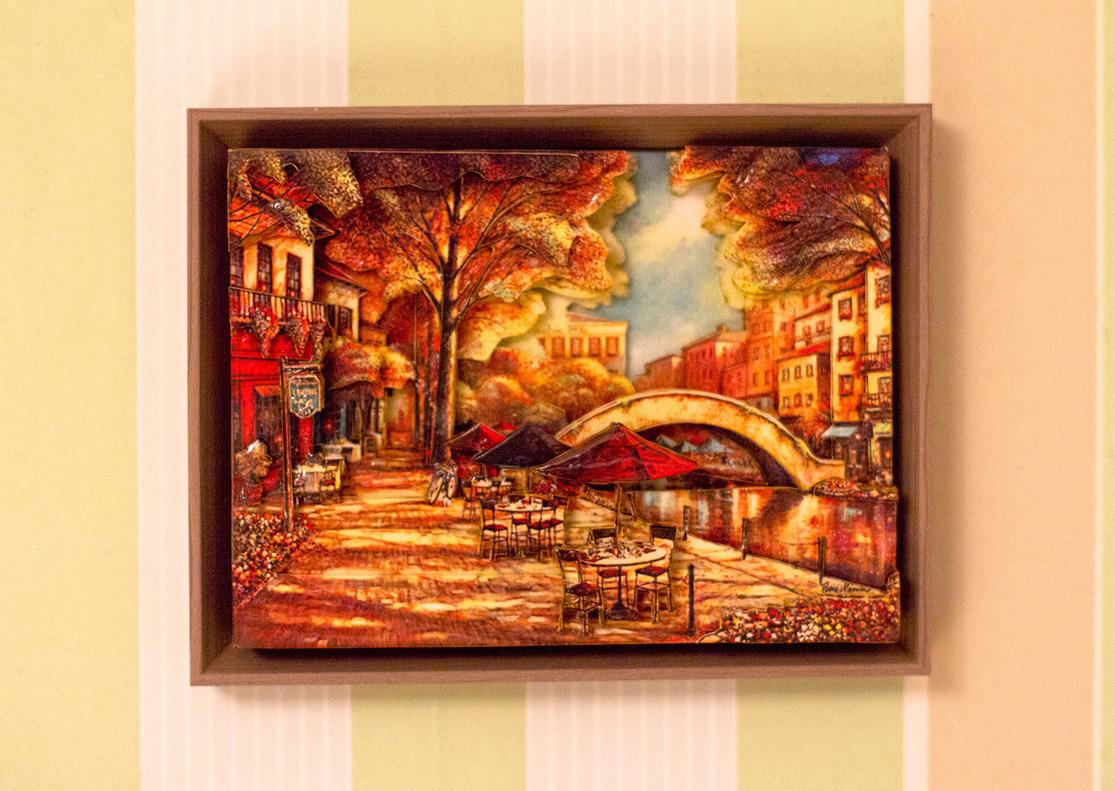 Папертоль Кафе на набережной — пример оформленной работы.