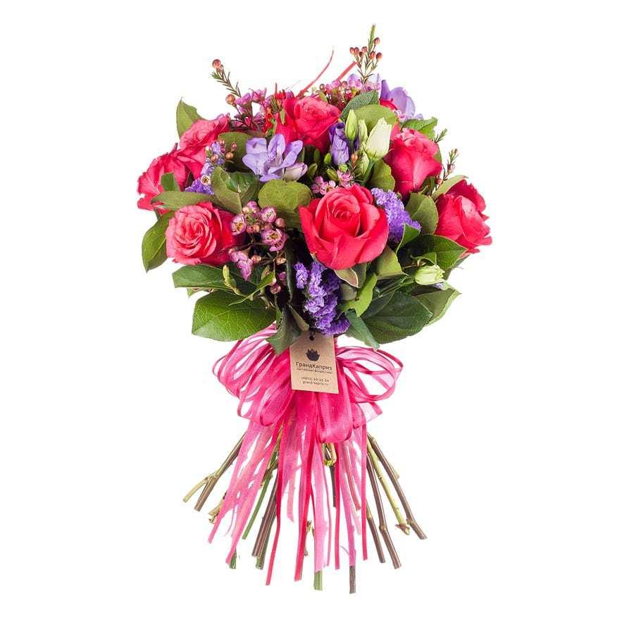 Букет из роз и фрезий - Яркая симфония