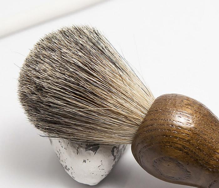 RAZ306-2 Деревянный помазок из барсучего волоса фото 03