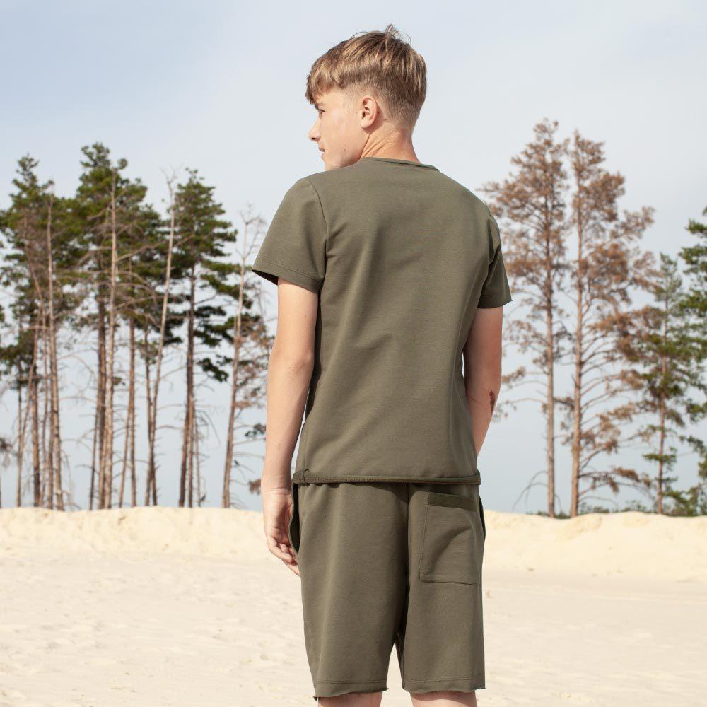 Дитячий підлітковий літній костюм з шорт і футболки в кольорі хакі