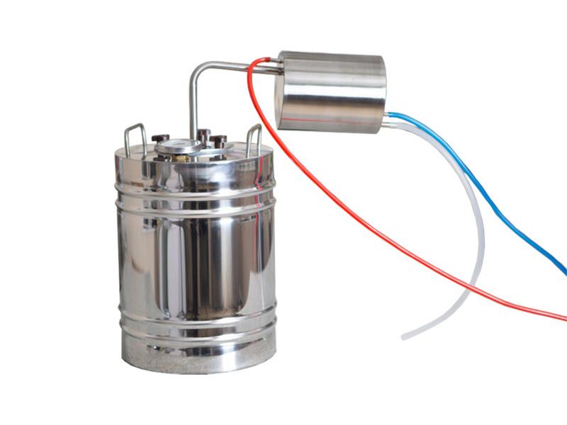 Самогонные апараты Классический дистиллятор с кубом на 14 литров с биметаллическим термометром исходник800х600.jpg