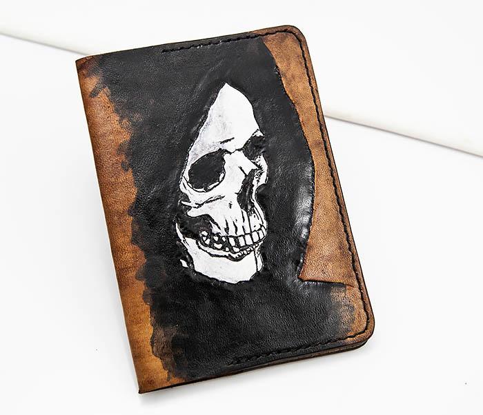 BC159 Обложка для паспорта Смертушка, ручной раскрас