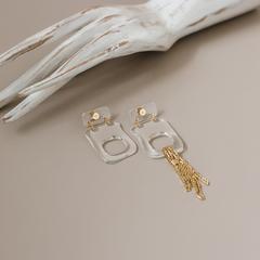 Асимметричные серьги из пластика с цепями  оптом и в розницу