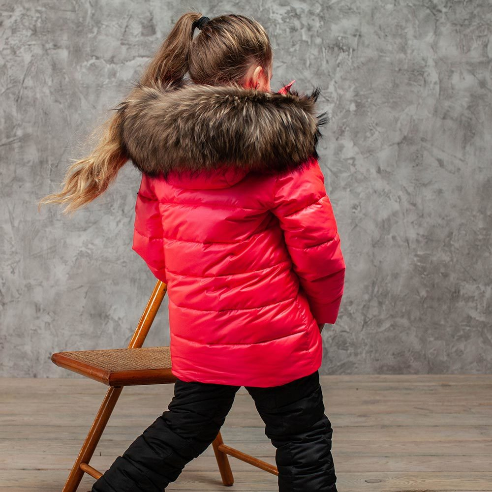 Детский зимний костюм с натуральной опушкой в розовом цвете для девочки