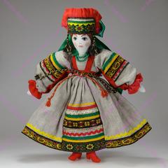 Текстильная кукла в кокошнике сороке