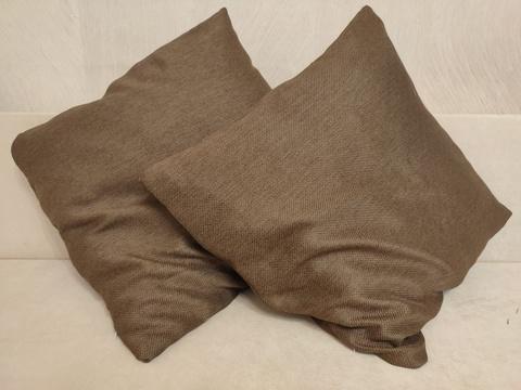 Декоративная наволочка коричневая. 50 х 50 см,