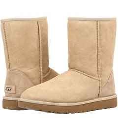/collection/rasprodazha/product/nepromokaemye-ugg-classic-short-sand-ii