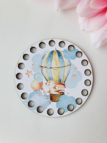 Круг диаметр 10 см, рисунок Зайка путешественник