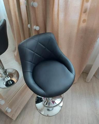 Барный стул Comfort/Комфорт (стул стилиста/бровиста), регулируемый, вращающийся