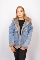 Джинсовая куртка женская с мехом и капюшоном оптом