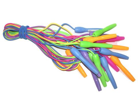 Скакалка (шнур силикон, ручки пластик) 2,2 м. Продажа только упаковкой 10 шт. 929